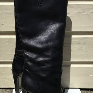 Louis Vuitton Knee high boots - Size: IT 39.5
