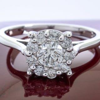 Effy- 14 kt. Gold - 0.56 ct - diamond entourage ring - 0.30ct center