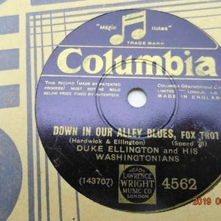20 x 78RPM-records with Hot Jazz and Swinging Danceband Music