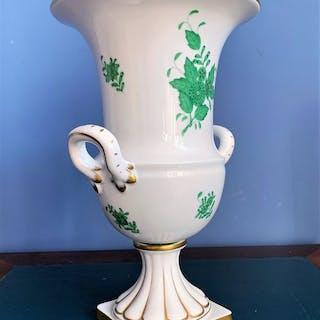 Herend- Große Empire-Vase auf Sockel - Porzellan, Vergoldet