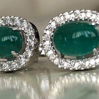 a8986ba57f461 emerald earrings   Barnebys