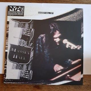Neil Young - Massey Hall 1971 NM Rare! - Álbum LP - 2008/2008