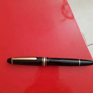 Montblanc - Stylo à bille - Collection de 1