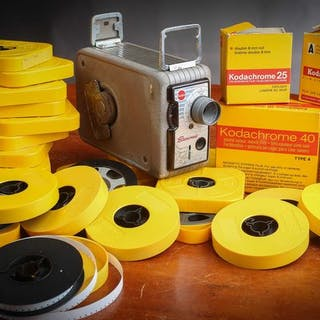 Kodak Brownie Caméra 8 mm+ 4 Films neufs avec boite + 21 Bobines Kodak