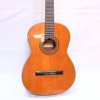 Aria - AC8 - Guitarra de concierto - Japón