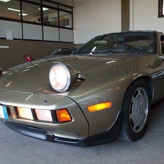 Porsche - 928 - 1982