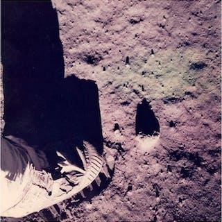 NASA- AS11-40-5880 - Iconic foot print on the Moon surface, Apollo 11, 1969