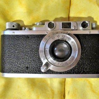 Leica Leica D.R.P. Ernst Leitz Wetzlar NO 296003 mit original Ledertasche
