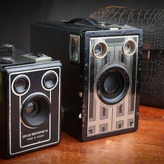 Kodak Brownie Junior Six-16 &Brownie D Six-20: 2 Box Art Déco en superbe état