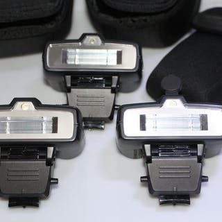 Nikon speedlight SB-R200 (3 units)