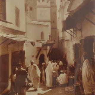 Alexandre Bougault fils (1875-1950) - Rue animée de la casbah d'Alger