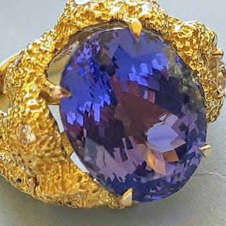 18 kt. Gold - Ring - 13.03 ct Tanzanite - Diamonds