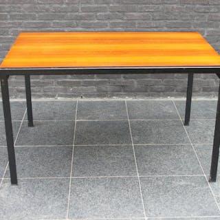 Cees Braakman - Pastoe - Table (1) - uitschuifbare eettafel