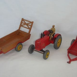 "Dinky Toys - 1:48 - First Issue ""Massey-harris"" Tracktor..."