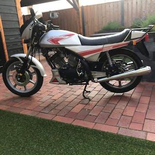 Moto Morini - 3 1/2 K2- 350 cc - 1986
