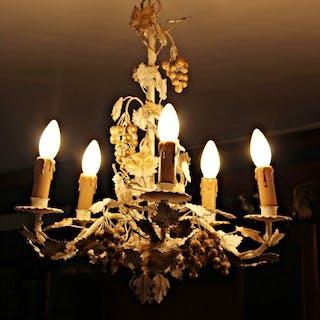 Lampada in ferro battuto fiorentino, con decoro dell'uva. '80