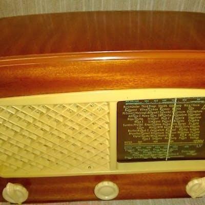 Luxor Luxoritasvenska - Luxorita 555 - Röhrenradio