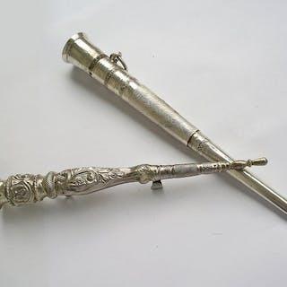 Zwei antike Strickhüllen / Nadelhalter - Silber - Niederlande - Mitte des 19