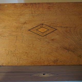 Tunbridge Ware Schreibbox, signiert F.Wake 1898