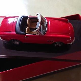 AMR - Le Phoenix - 1:43 - Ferrari 330GTS 1968