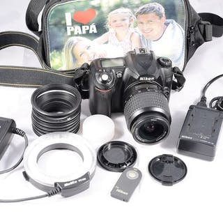 Nikon D50 y 18-55 mm y flash Anular con multiples accesorios