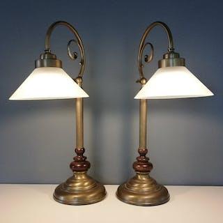 Paar schöne Messing Schreibtischlampen im Jugendstil...