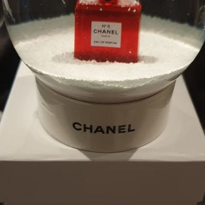 chanel - boule a neige Chanel rare N5 rouge collection (snow globe)  - Verre