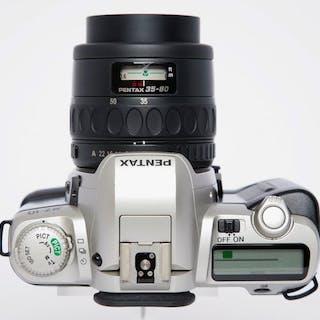 Pentax MZ - 10 + 35-80mm + 70-210mm + acc.