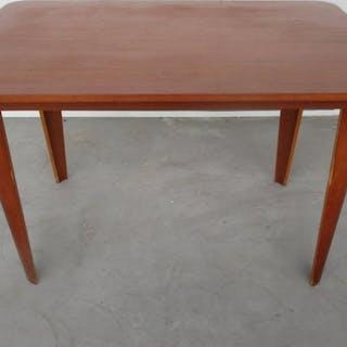Cor Alons - De Boer Gouda - Dining table (1)