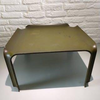 Pierre Paulin - Artifort - Side table - 877