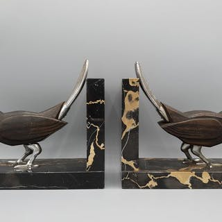 Paar Vogel Buchstützen