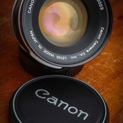 Canon  50mm F/1.4 FD/FL Mount MF Lens avec bouchons