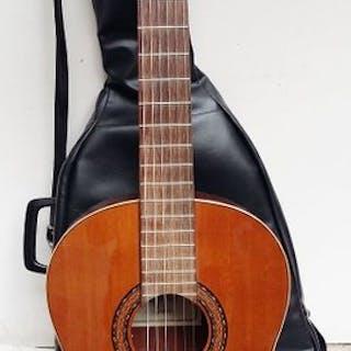 CORTES - CA guitare classique espagnole