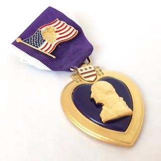 USA - Armee/Infanterie - USA Lila Herz Medaille + American Eagle Flag Pin