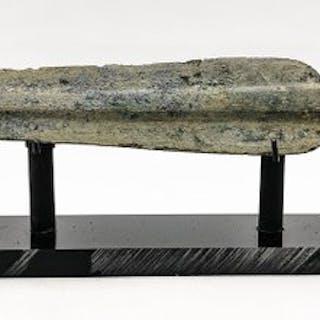 Antike archaische griechische Ära Bronze Schwert auf Custom Made Ständer
