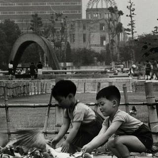 Max Desfor (1913-2018)/Associated Press - Children Feed...