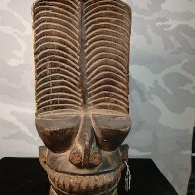 Maschera - Legno massiccio - Batcham - Bamileke - Camerun