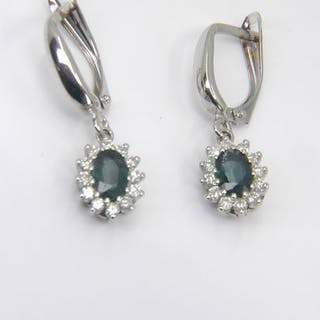 No Reserve Price!- 14 kt. White gold - Earrings - 1.36 ct Sapphire - Diamonds