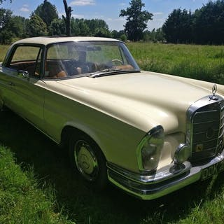 Mercedes-Benz - 220 SEb (W111) - 1964
