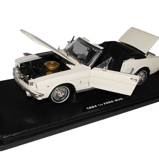 Motormax - 1:18 - Ford Mustang 1964 1/2 - Premium-Druckguss-Kollektion