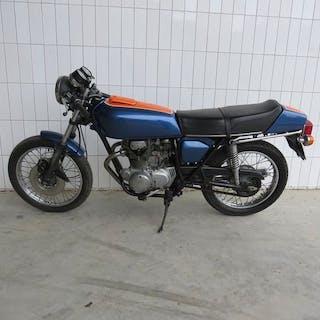 Honda - CB 250 G - 250 cc - 1974