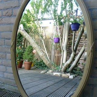 Ovaler vergoldeter Spiegel mit abgeschrägten Kanten im Adams-Stil