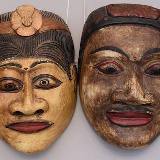 Maschera Topèng (2) - Legno dipinto - Bali, Indonesia