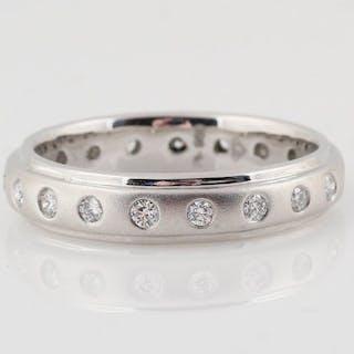 Pt-900 Platinum - Ring - 0.36 ct Diamond