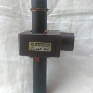 Arbeitswerkzeug, Model (1) - Bronze, Holz, Messing