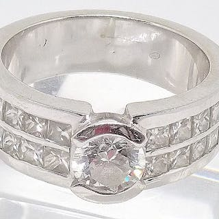 18 quilates Oro blanco - Anillo - 2.60 ct Diamante