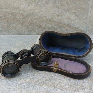 Fernglas mit Futter - Eisen (geschmiedet), Glas, Textilien