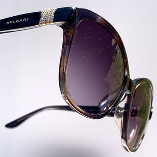 7b59de21a4 Cartier - Diamond Panthere Custom Sunglasses | Barnebys
