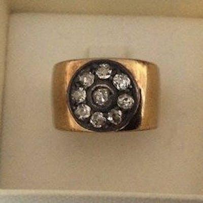 18 k (750)Gold - Ring Diamond   Barnebys