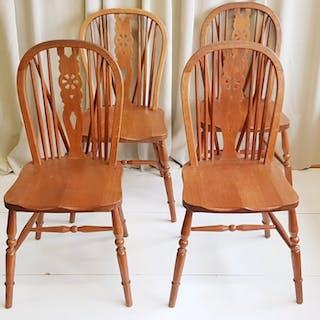 Sessel im Windsor-Stil